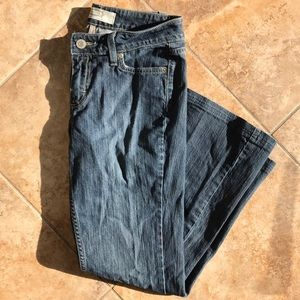 Low rise bootcut stretch jeans